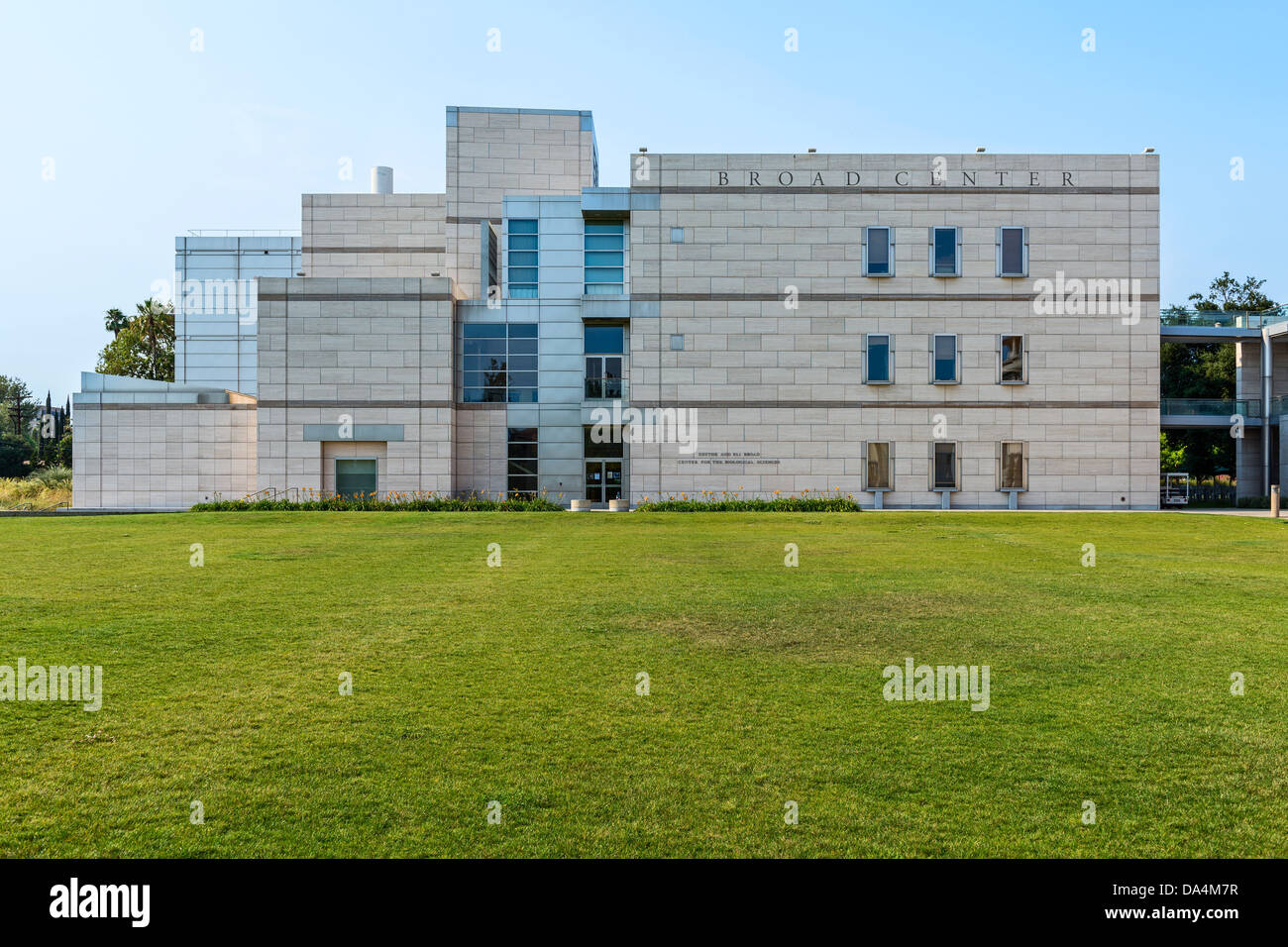 The Broad Center for Biological Sciences on the campus of Caltech, the California Institute of Technology. - Stock Image