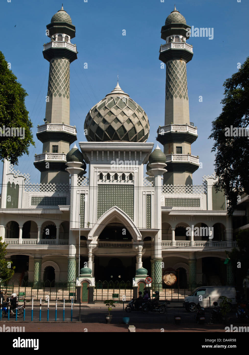 Malang Mosque High Resolution Stock Photography And Images Alamy