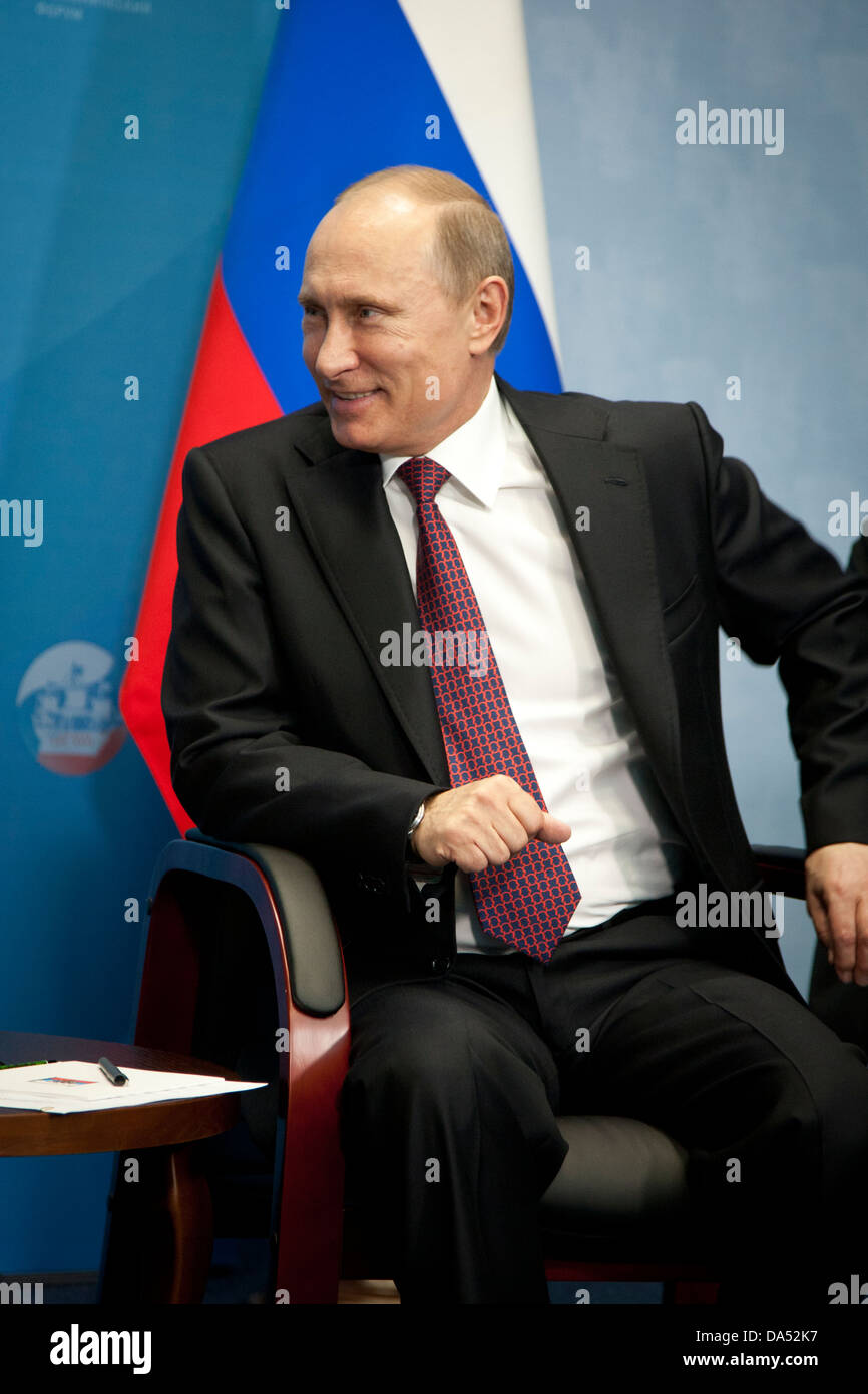 Russian president Vladimir Putin meeting Dutch premier Mark Rutte at the International Economic Forum in St. Petersburg, - Stock Image