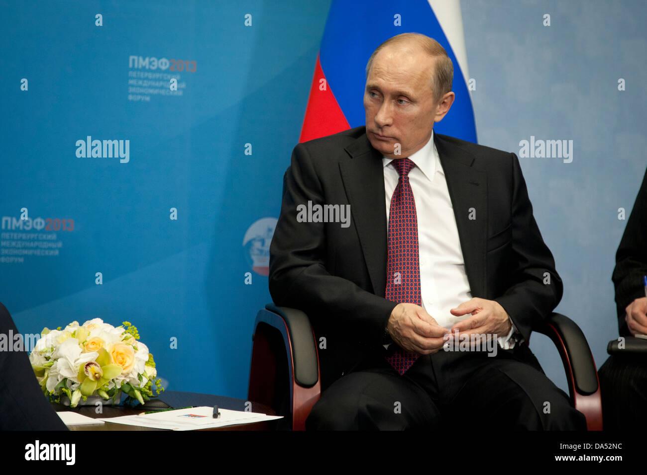 Russian president Vladimir Putin meeting Dutch premier Mark Rutte at the International Economic Forum in St. Petersburg, - Stock Image