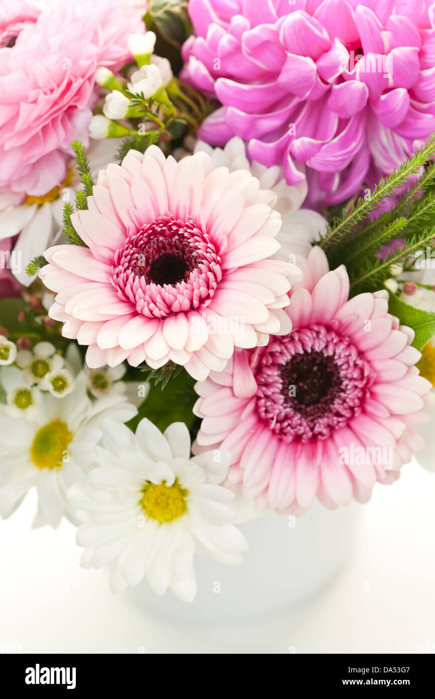 Bouquet of pink and white flowers arranged in small vase Stock Photo ...