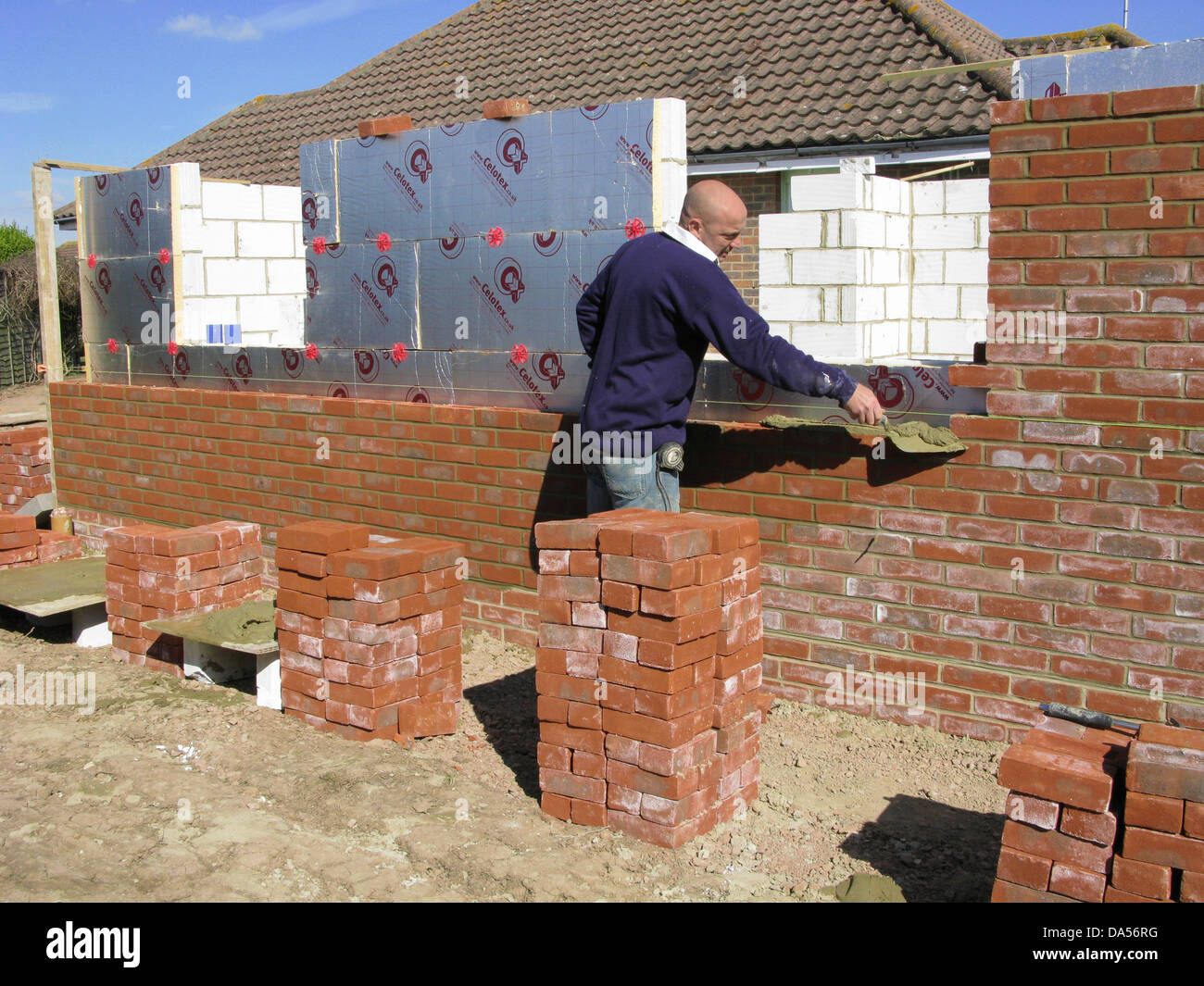 how to build a cavity wall
