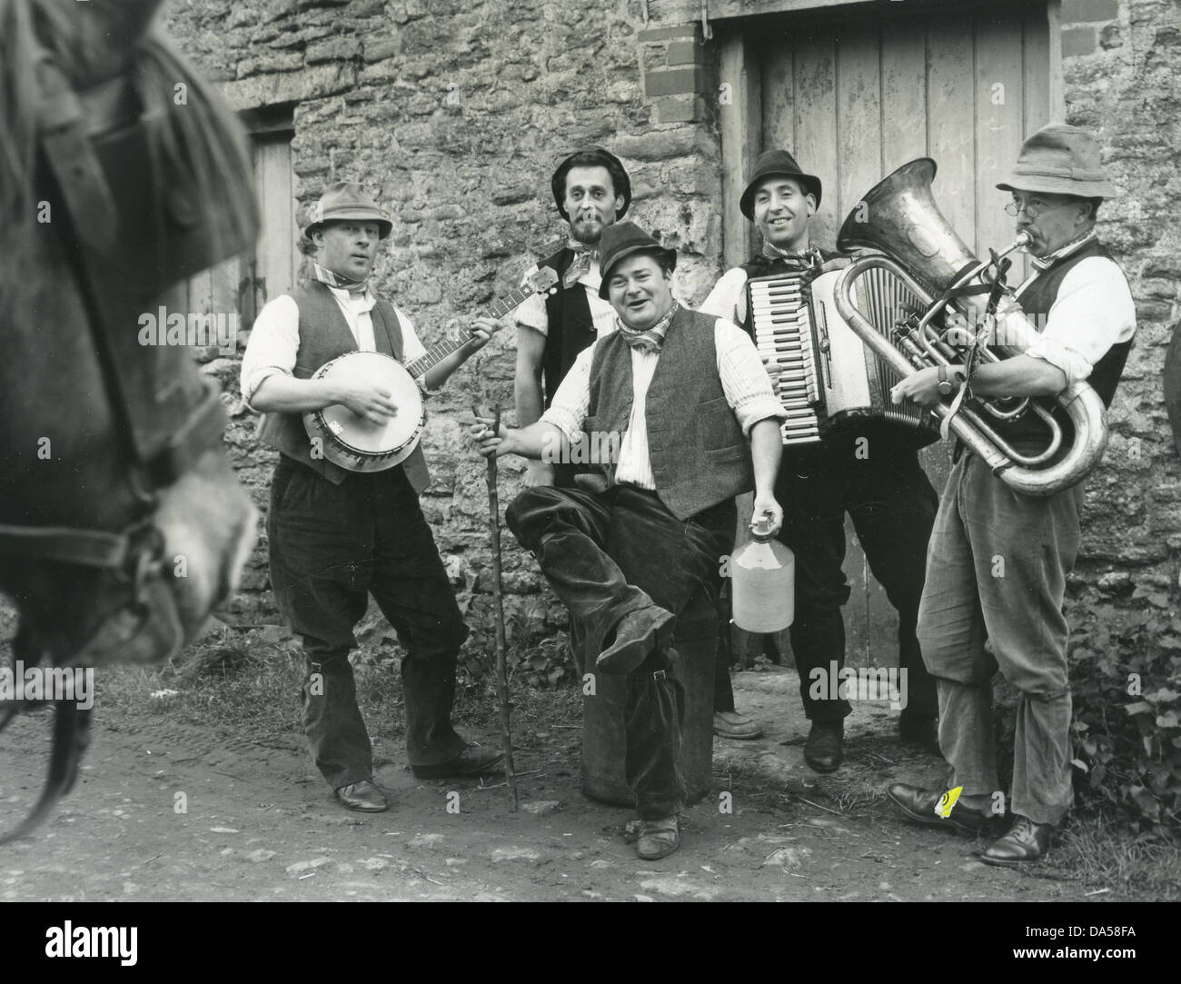 ADGE CUTLER AND THE WURZELS Promotional photo of English pop comedy group  about 1973. Cuitler
