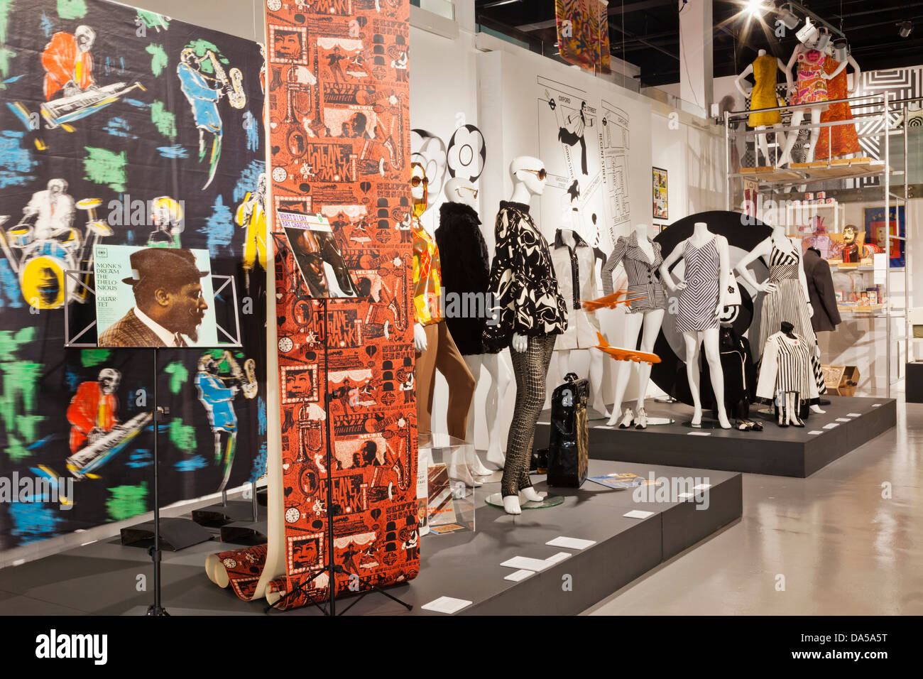 England, London, Southwark, The Fashion and Textile Museum - Stock Image