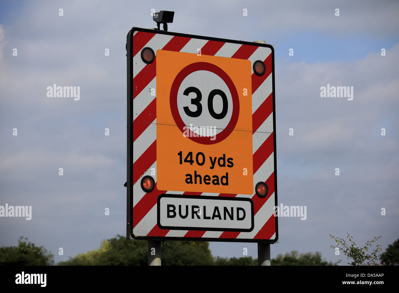 flashing speed limit sign stock photos flashing speed limit sign stock images alamy. Black Bedroom Furniture Sets. Home Design Ideas