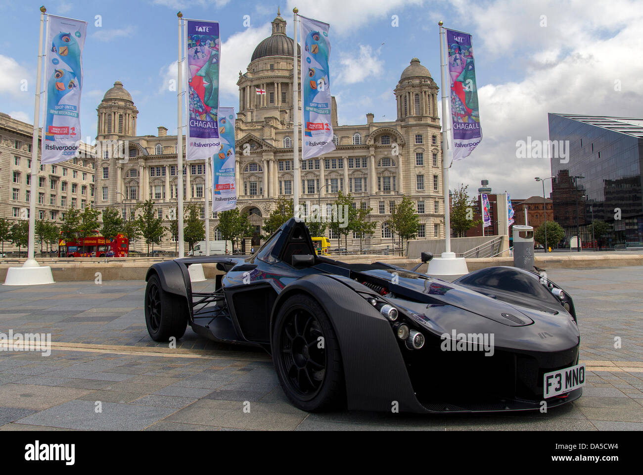 Liverpool, UK. 4th July 2013. The Mayor of Liverpool has completed a deal with motoring pioneers Briggs Automotive - Stock Image
