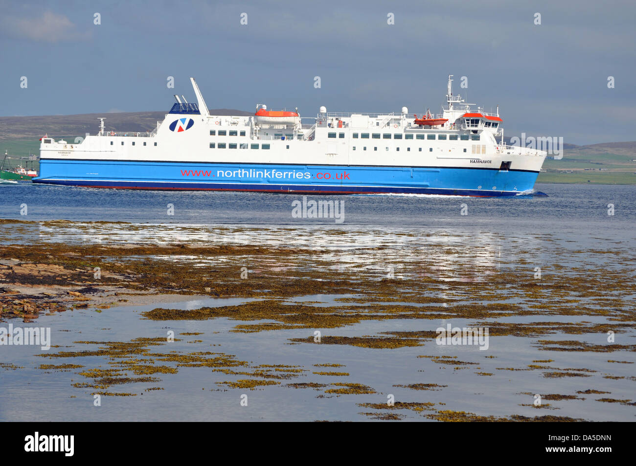 M V Hamnavoe Ferry Between Scrabster And Stromness In The Orkney Stock Photo Alamy