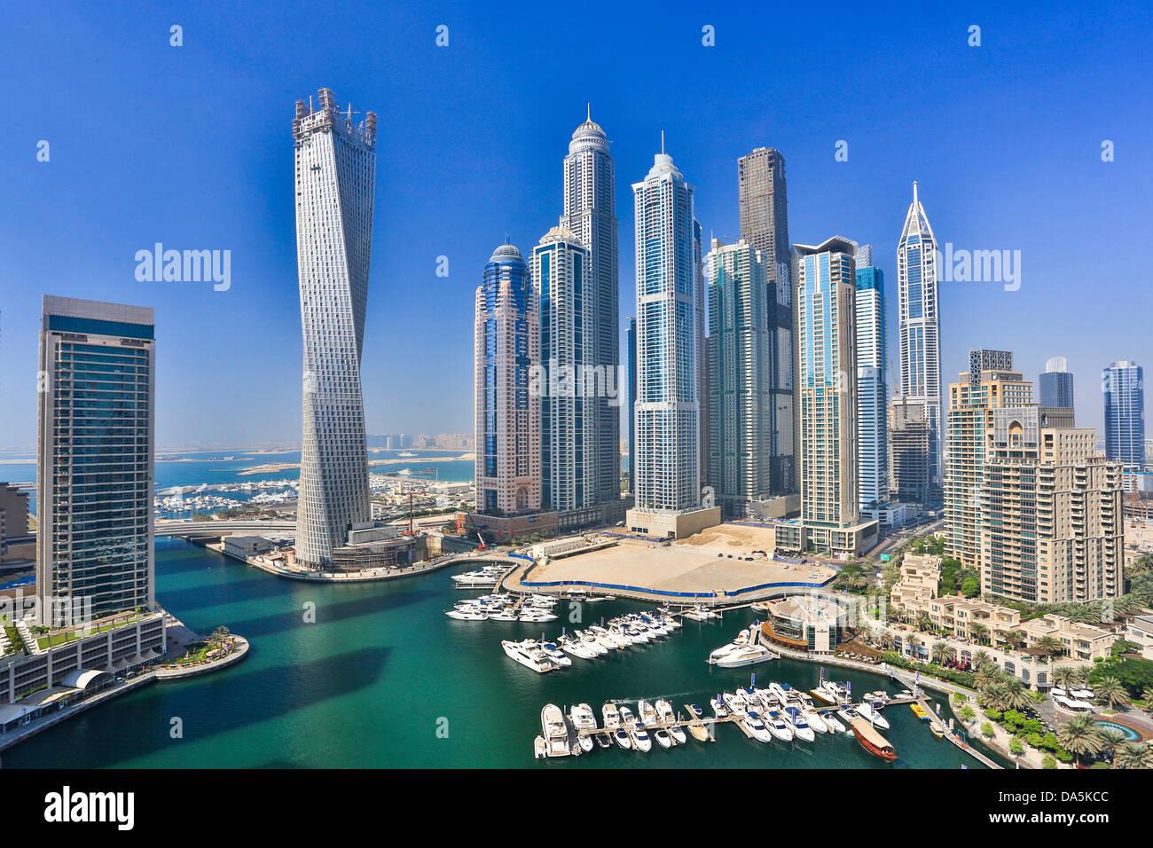United Arab Emirates, UAE, Dubai, City, Dubai Marina, Infinity, Building, architecture, boat, boats, buildings, - Stock Image