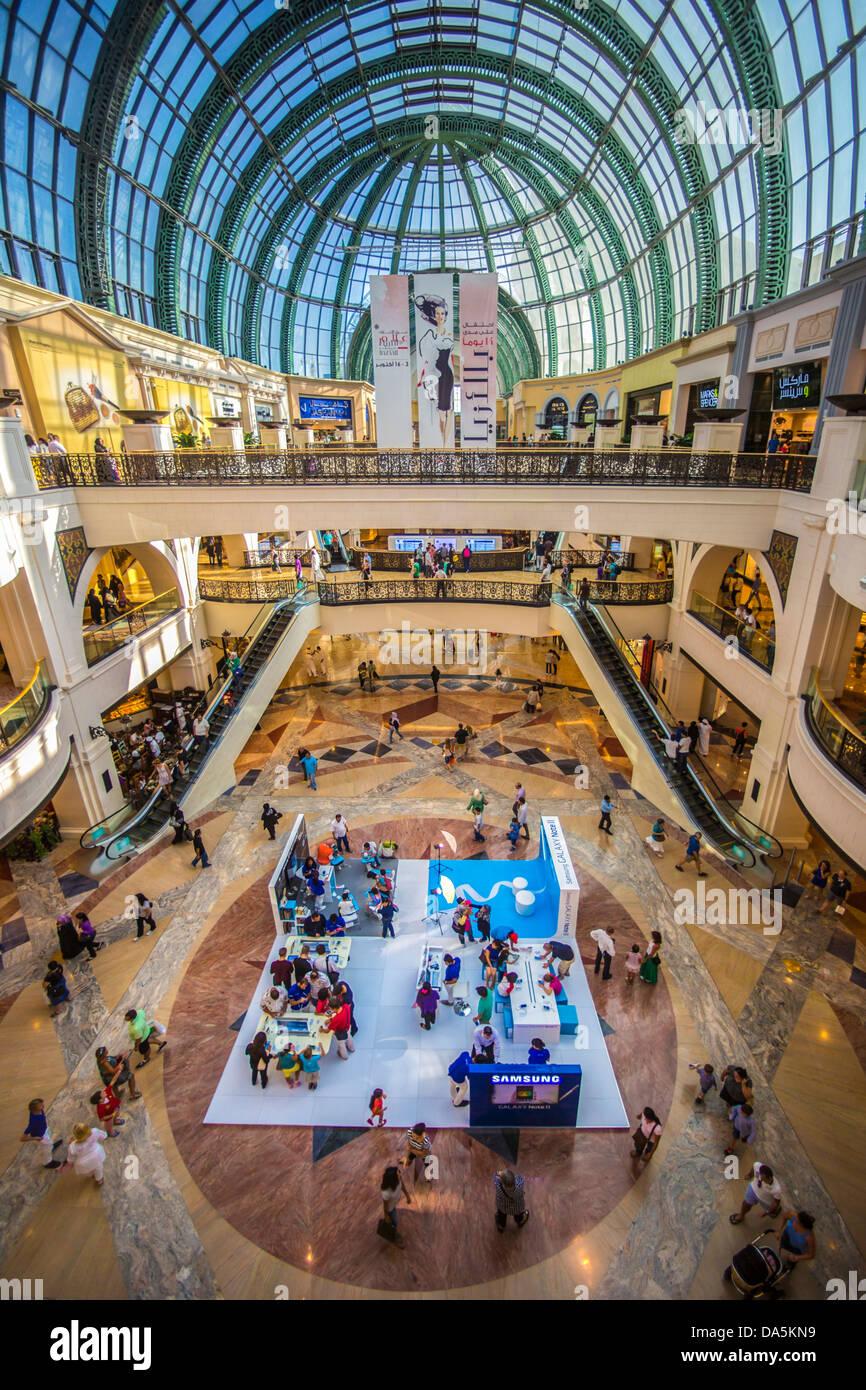United Arab Emirates, UAE, Dubai, City, Mall of the Emirates, Dubai, architecture, ceiling, emirates, mall, modern, - Stock Image