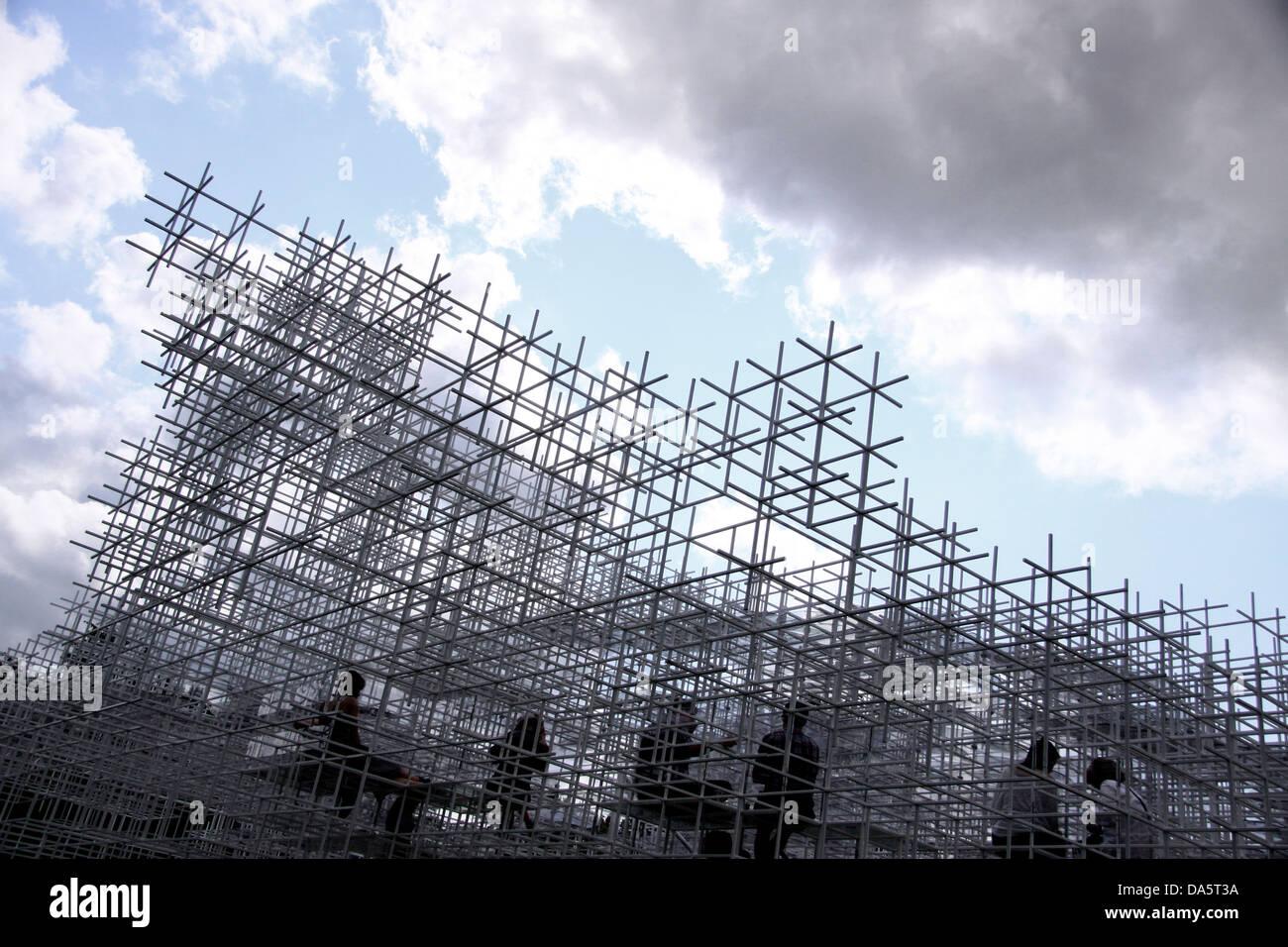 The Serpentine Gallery Pavilion, designed by Japanese architect Sou Fujimoto - Stock Image