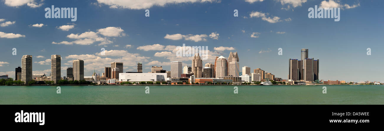 Detroit, Detroit River, river, Financial District, General Motors, Great Lakes, International Riverfront, Michigan, - Stock Image