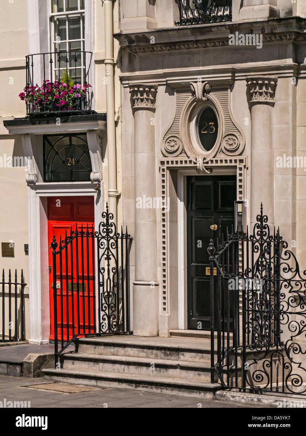 Door to Georgian house in Berkley Square, Mayfair, London - Stock Image