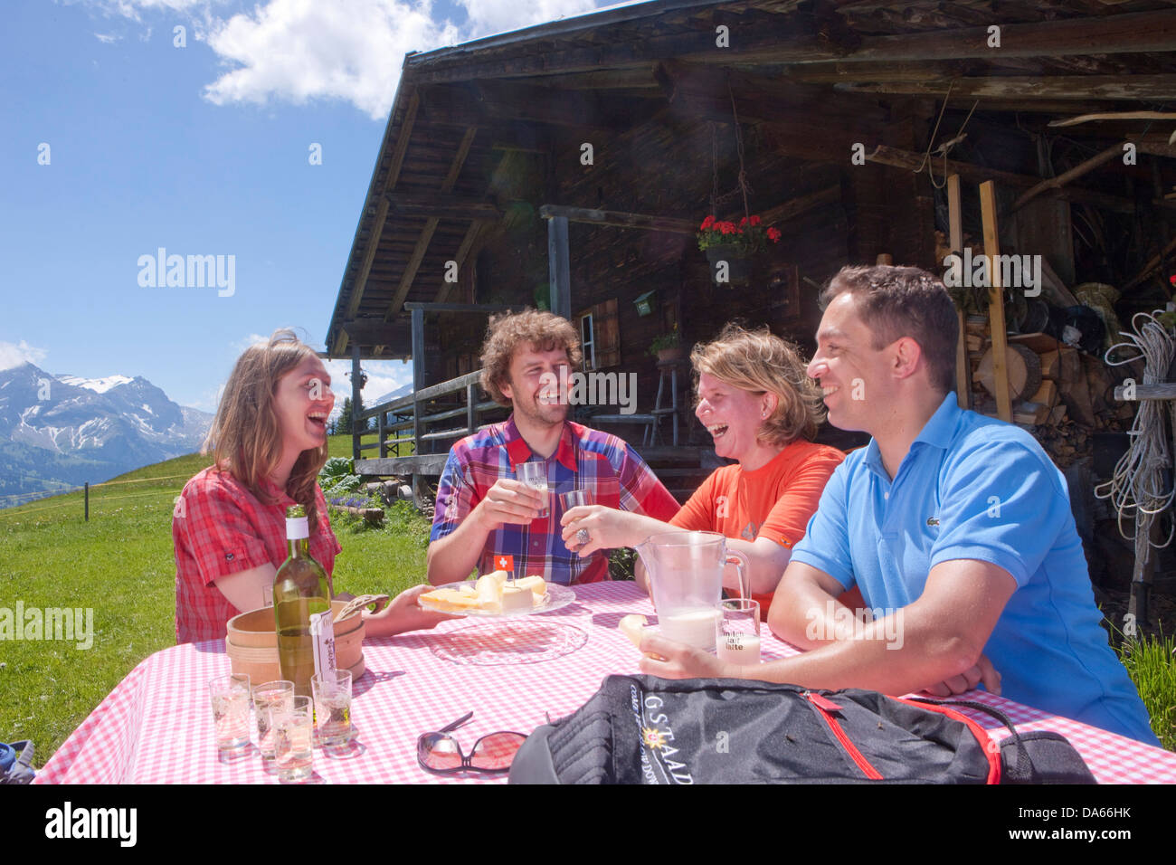 Traveller, alpine hut, canton, Bern, mountain, mountains, couple, Couples, Gstaad, summer sport, footpath, walking, - Stock Image