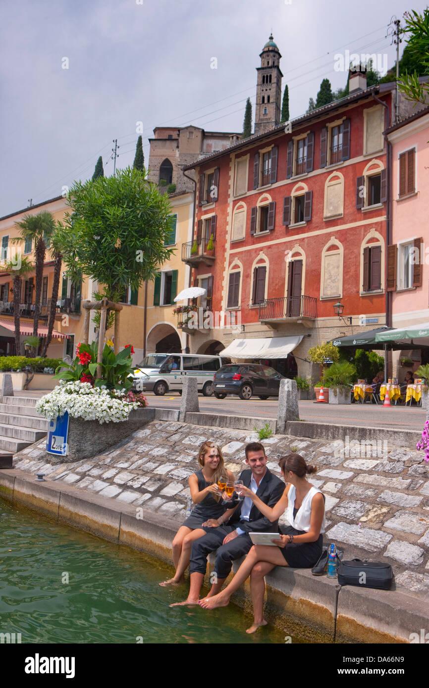 Break, Stop, Lake Lugano, Morcote, work, job, occupation, profession, occupations, professions, group, drinking, - Stock Image