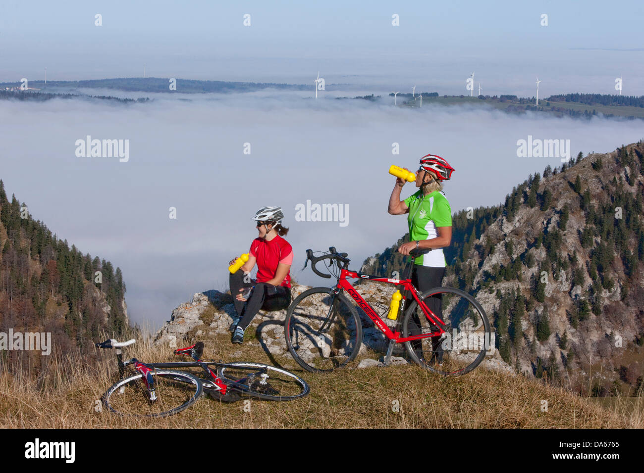 Cyclist, biker, Chasseral, Mont Soleil, Mont Crosin, canton, Bern, JU, Jura, autumn, bicycle, bicycles, bike, riding - Stock Image