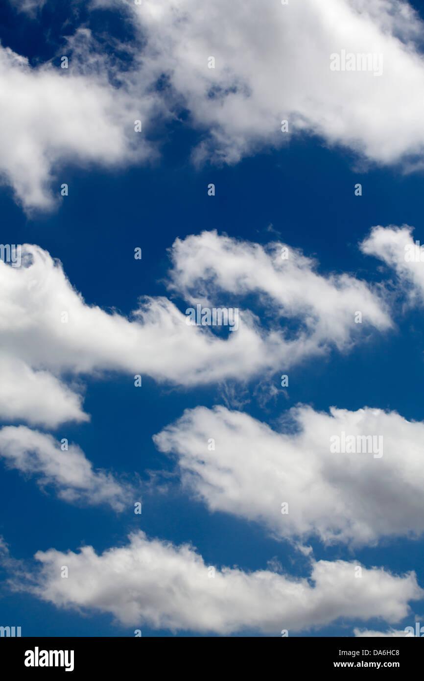 Blue sky clouds cielo azul nubes - Stock Image