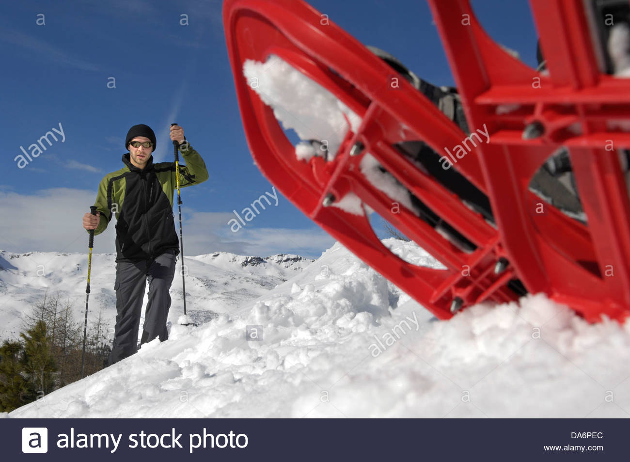 couple with snowshoes,Sarntal valley,South Tyrol - Stock Image