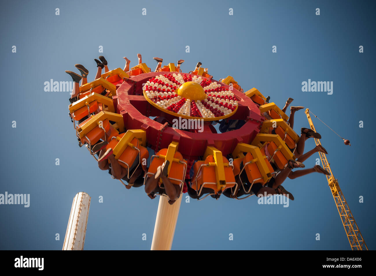 Thousands of funlovers escape to Coney Island in Brooklyn in New York Stock Photo