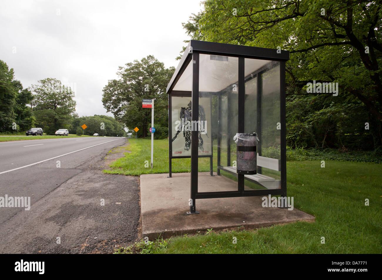 Enclosed bus shelter - Virginia, USA - Stock Image