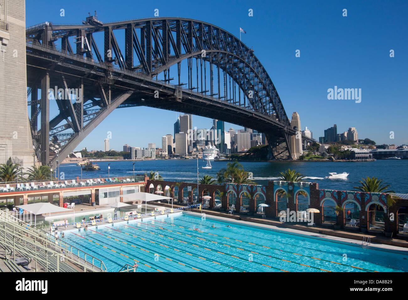 north sydney olympic pool with sydney harbour bridge and cbd skyline stock photo 57961969 alamy