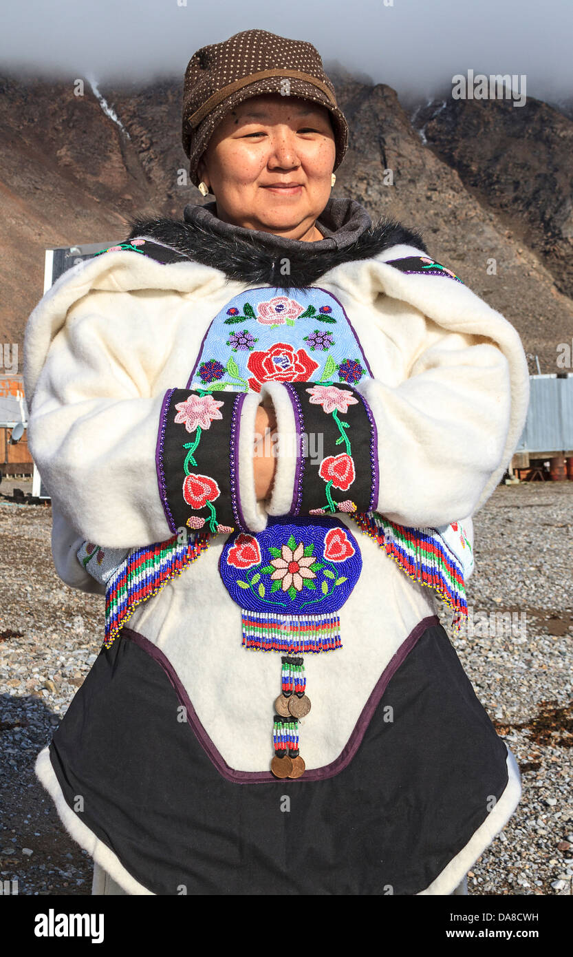 Inuit woman of Grise Fjord in traditional clothing. Ellsmere Island, Canada - Stock Image