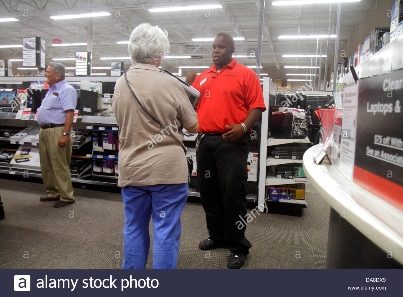 Merveilleux St. Saint Petersburg Florida Largo Office Depot Business Supplies Shopping  Black Man Employee Helping Senior Woman Customer