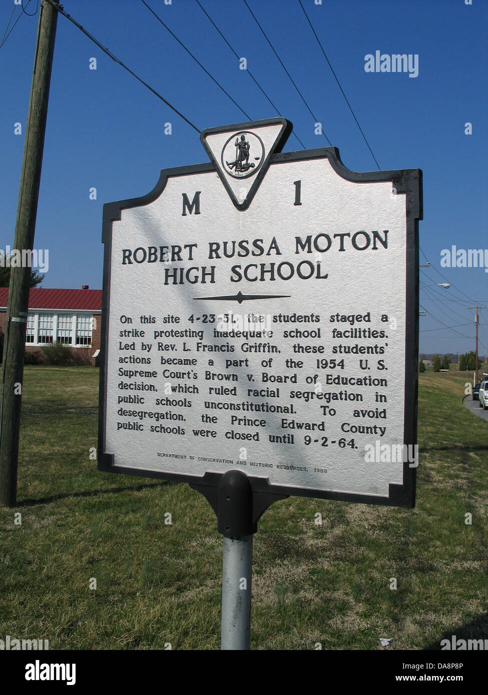 ROBERT RUSSA MORTON HIGH SCHOOL On this site 4-23-51, the students staged a strike protesting inadequate school - Stock Image