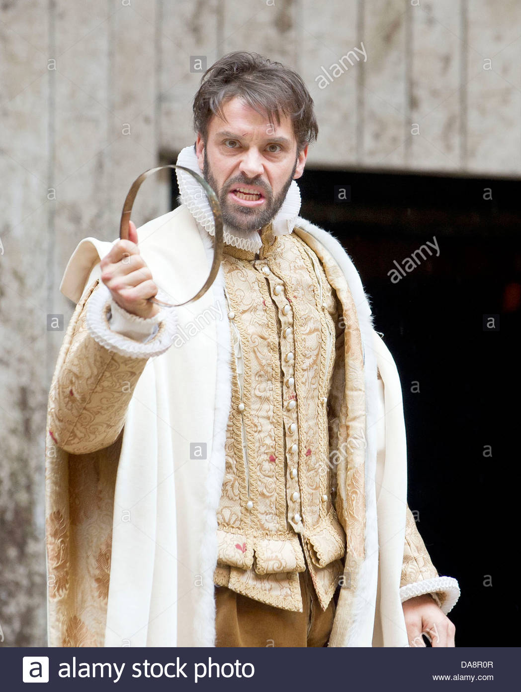 Macbeth by William Shakespeare. A Shakespeare's Globe Production directed  by Eve Best. with Joseph Millson as Macbeth .Opens at the Shakespeare's  Globe ...