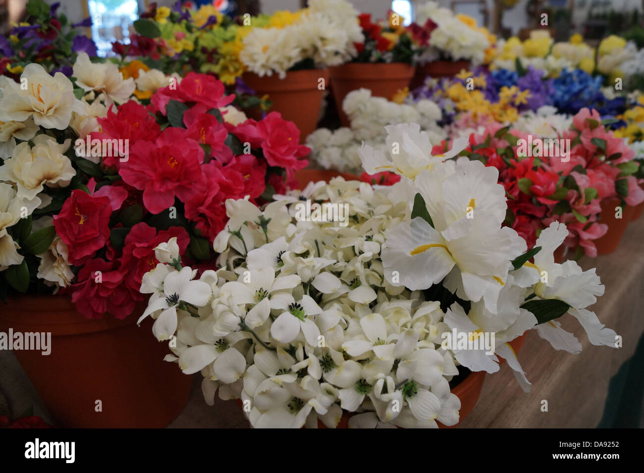Fake Flowers For Sale Stock Photos & Fake Flowers For Sale Stock ...