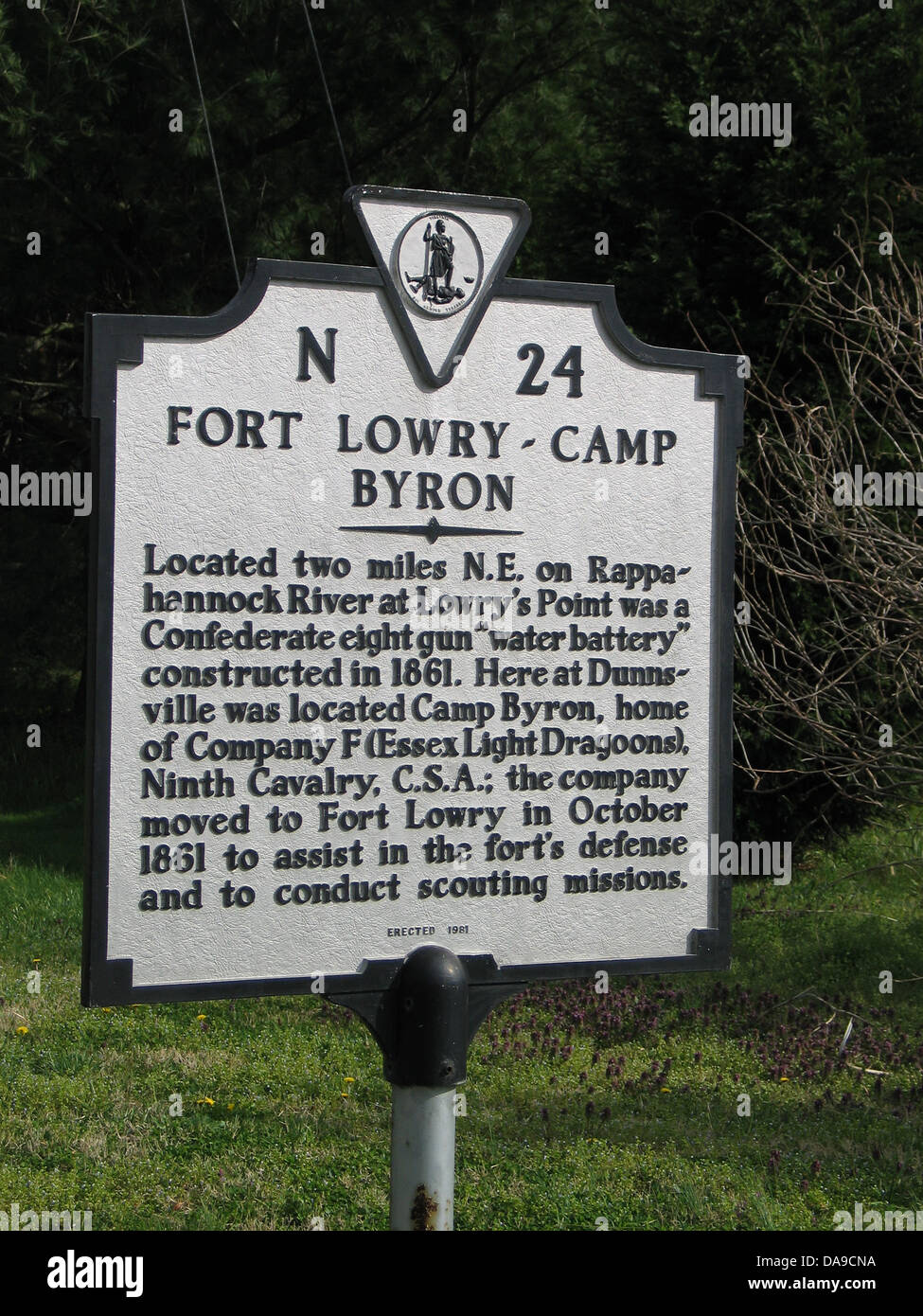 FORT LOWRY-CAMP BYRON Located two miles N.E. on Rappahannock River at Lowry's Point was a Confederate eight - Stock Image