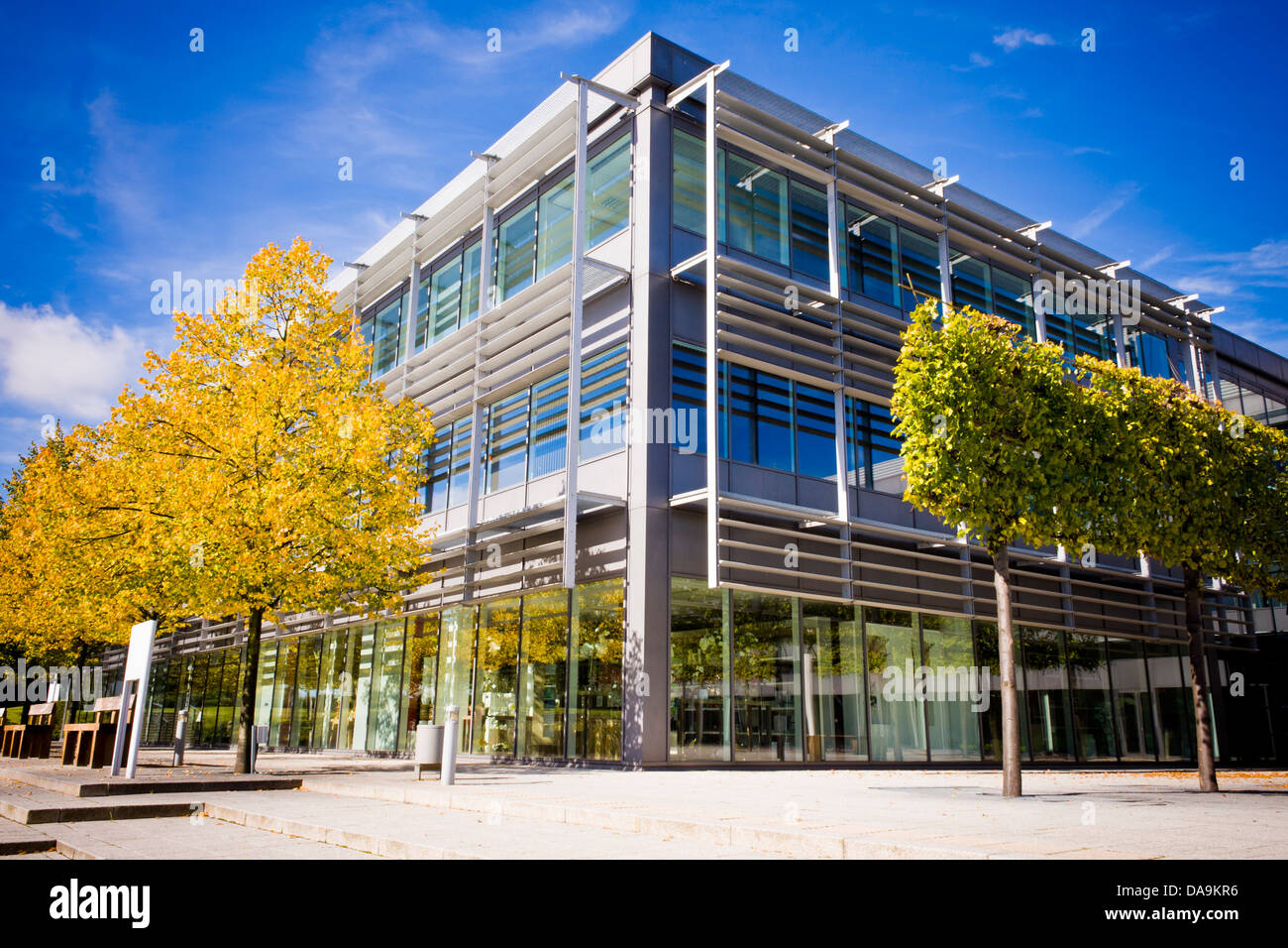 Modern offices in Reading, Berkshire, England, GB, UK. - Stock Image