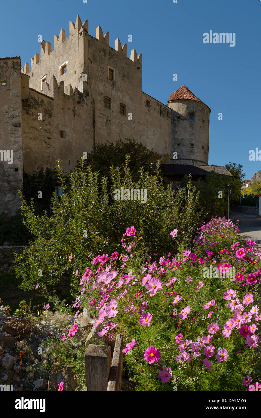 Italy, Europe, Südtirol, South Tyrol, Upper Adige, Alto Adige, Kastelbell, Castelbello, Kastelbell, castle, - Stock Image