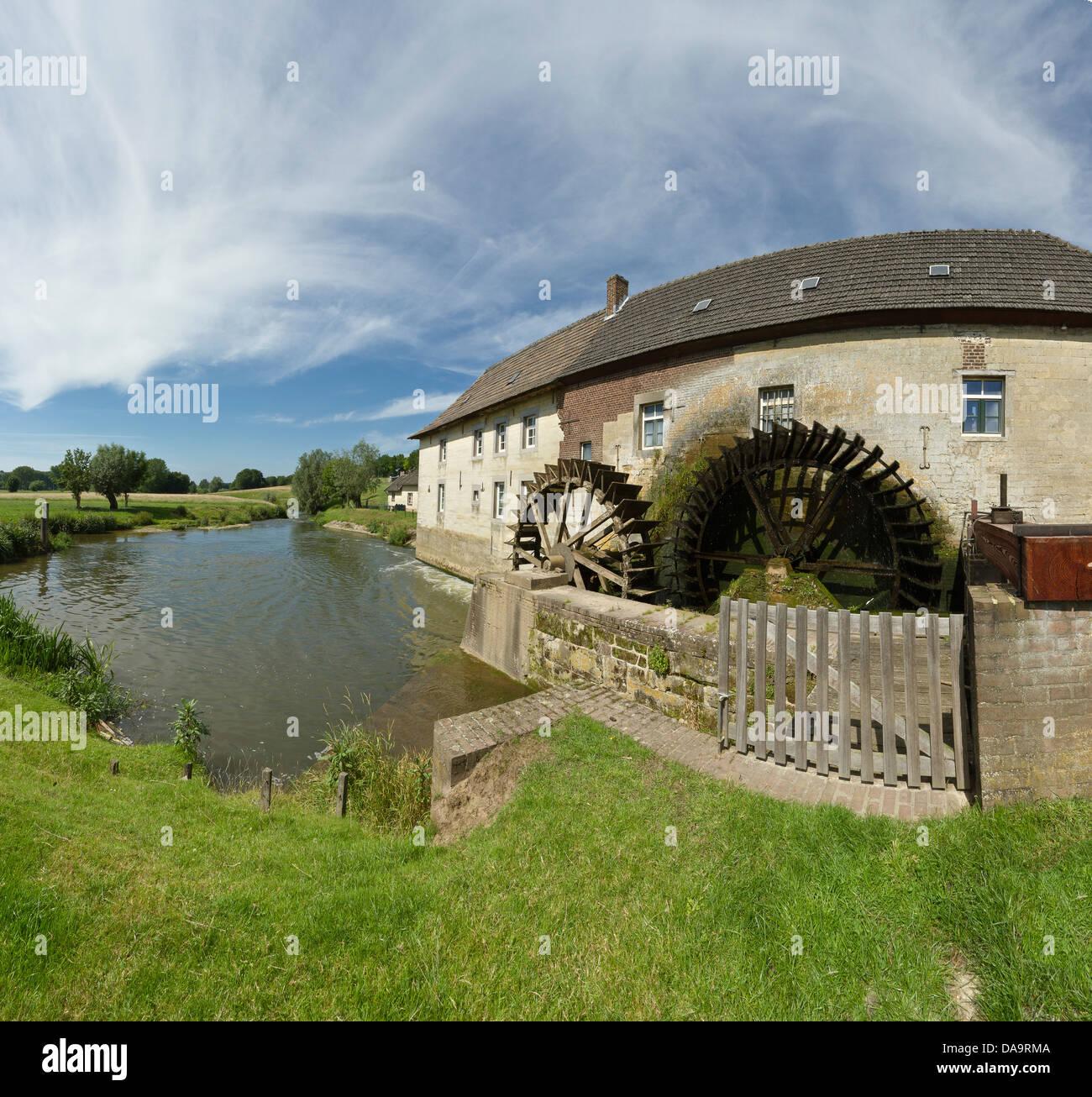 Netherlands, Holland, Europe, Wijlre, Water wheel mill, Water wheel, windmill, field, meadow, water, summer, - Stock Image