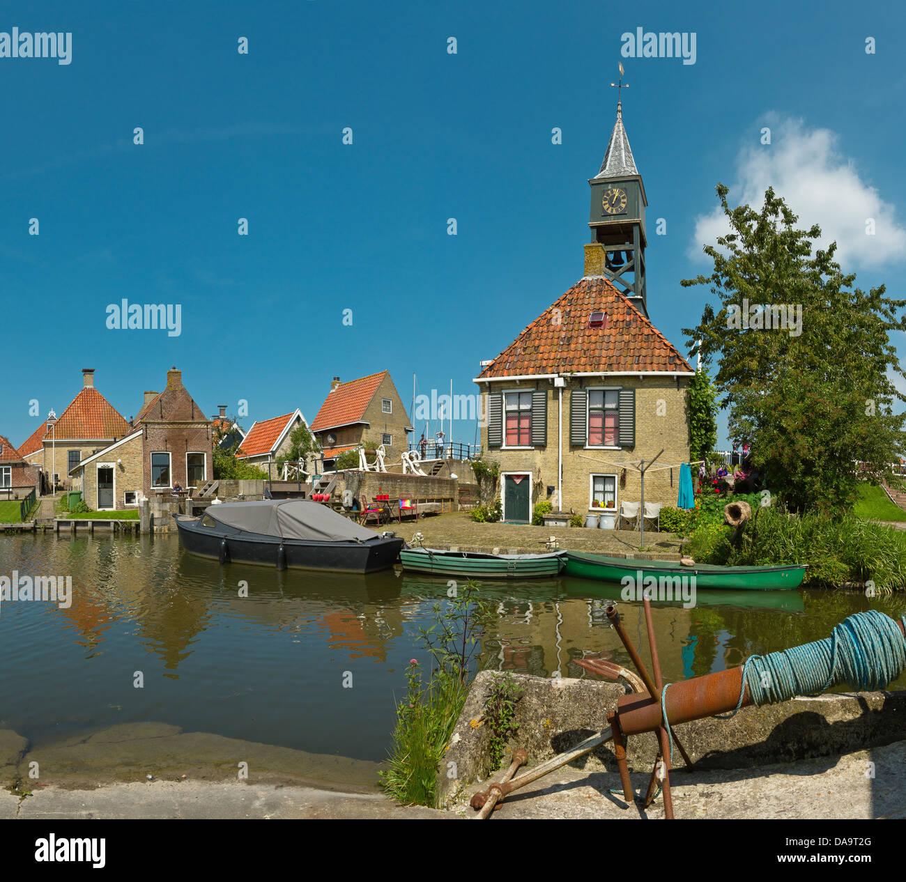 Netherlands, Holland, Europe, Hindeloopen, lock, house, city, village, water, summer, - Stock Image