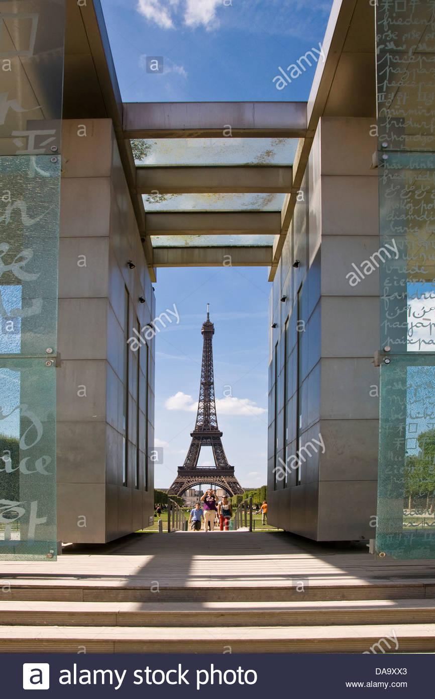 France,Ile de France,Paris,Eiffel tower,Peace wall - Stock Image