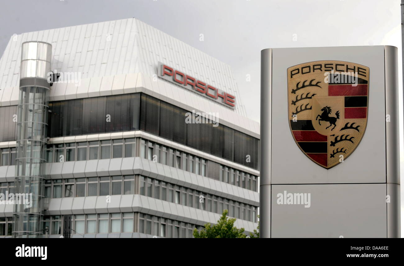 (dpa file)Afile picture dated 14 July 2009 of the headquarters of Porsche in Stuttgart, Germany. Porsche - Stock Image