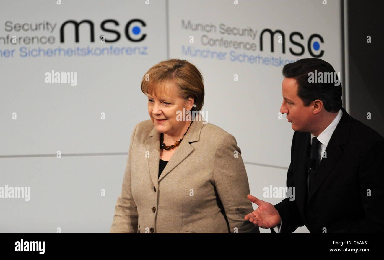Die deutsche Bundeskanzlerin Angela Merkel (CDU, l) und der britische Premierminister, David Cameron, kommen am - Stock Image