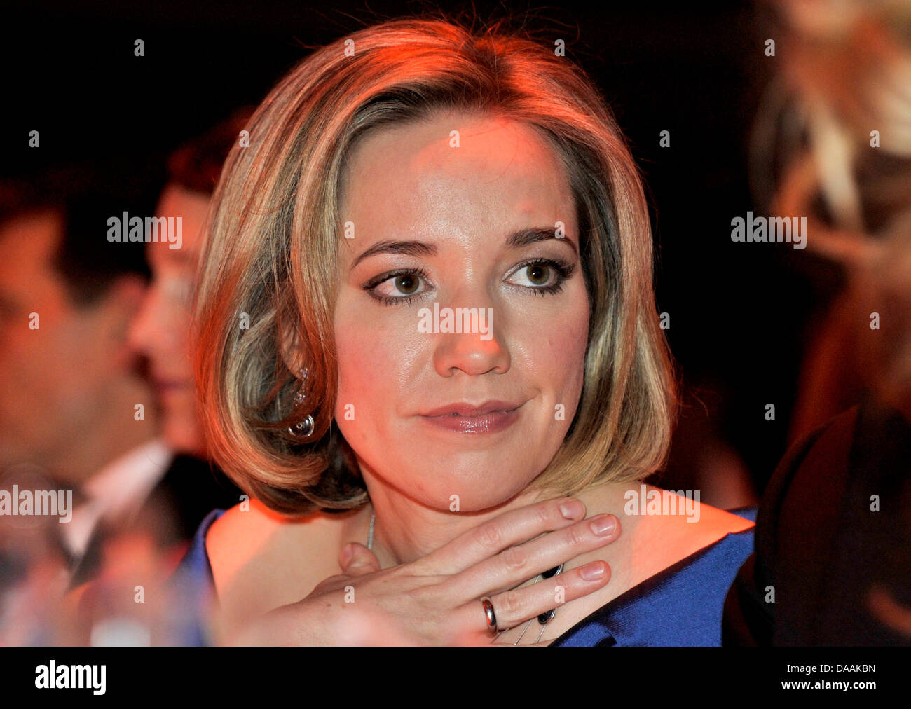 Bundesfamilienministerin Kristina Schröder amüsiert sich am Samstag (05.02.2011) auf dem 41. 'Ball - Stock Image
