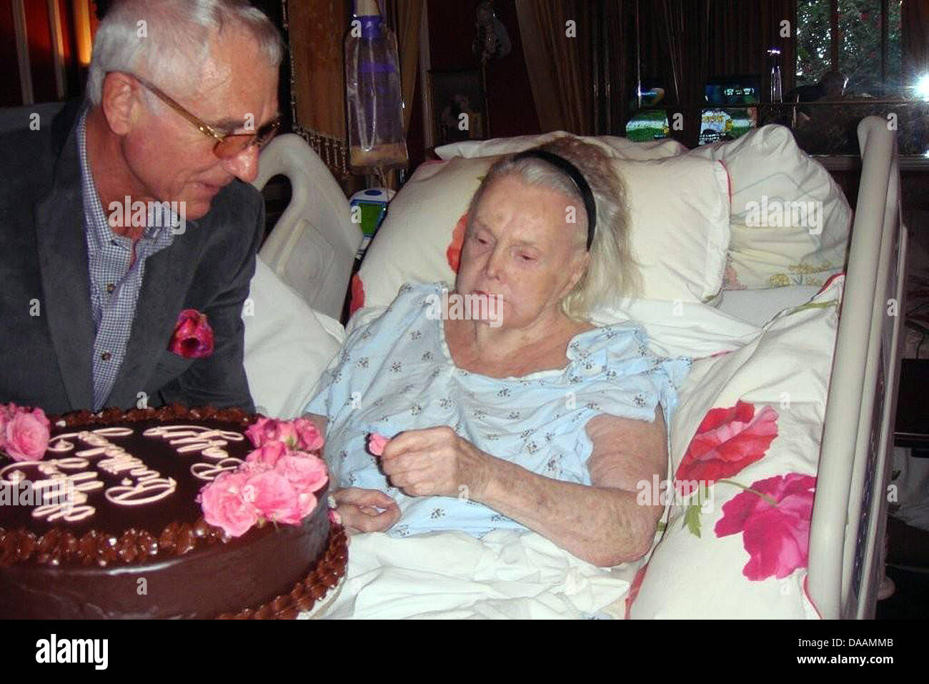 Frederic Prinz Von Anhalt Delivers A Birthday Cake To His 94 Year Old Wife Zsa Gabor At Their Home In Los Angeles Germany 06 February 2011