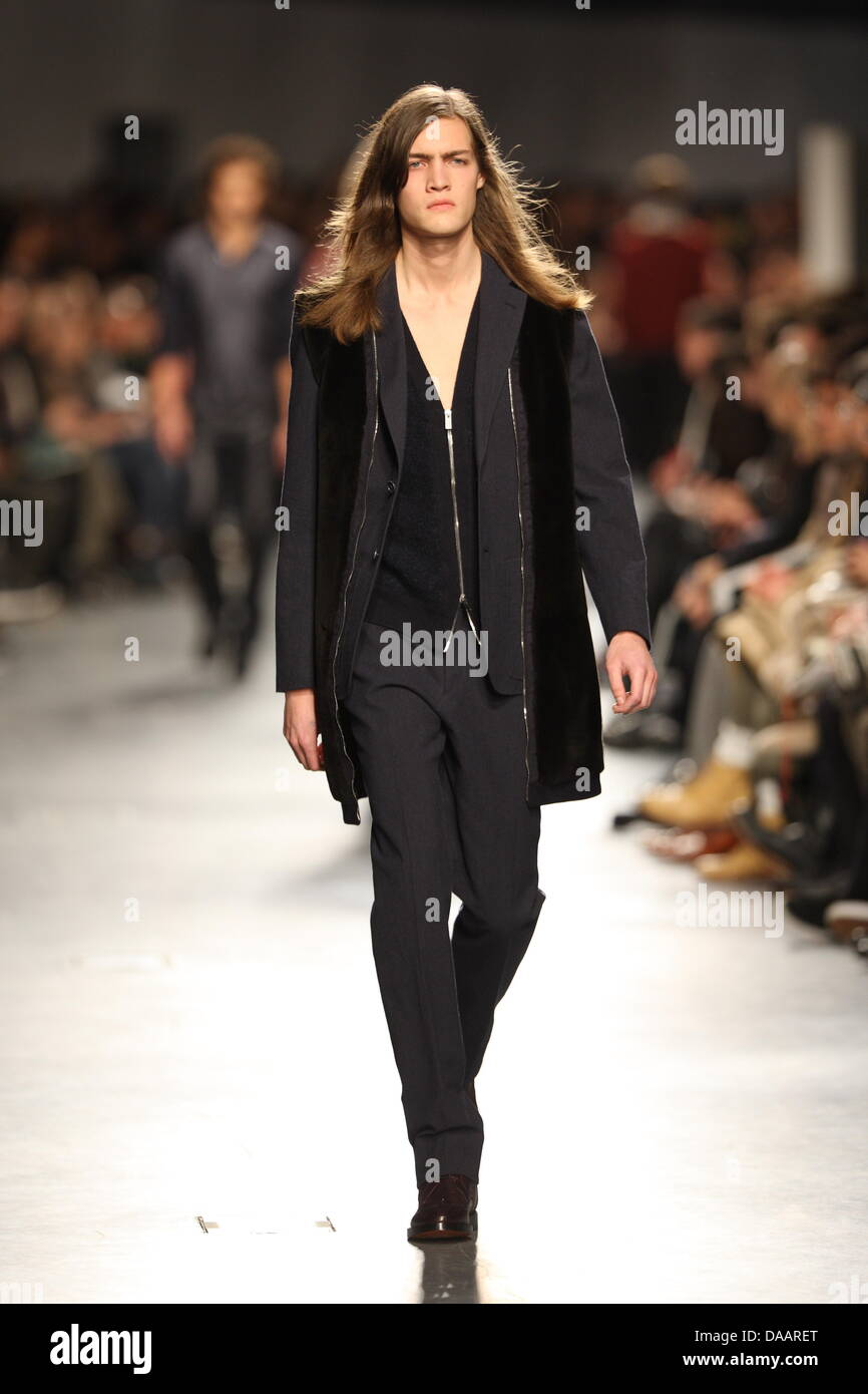 475e717c A model wears a creation as part of Hermes Men's fashion fall winter  2011/2012