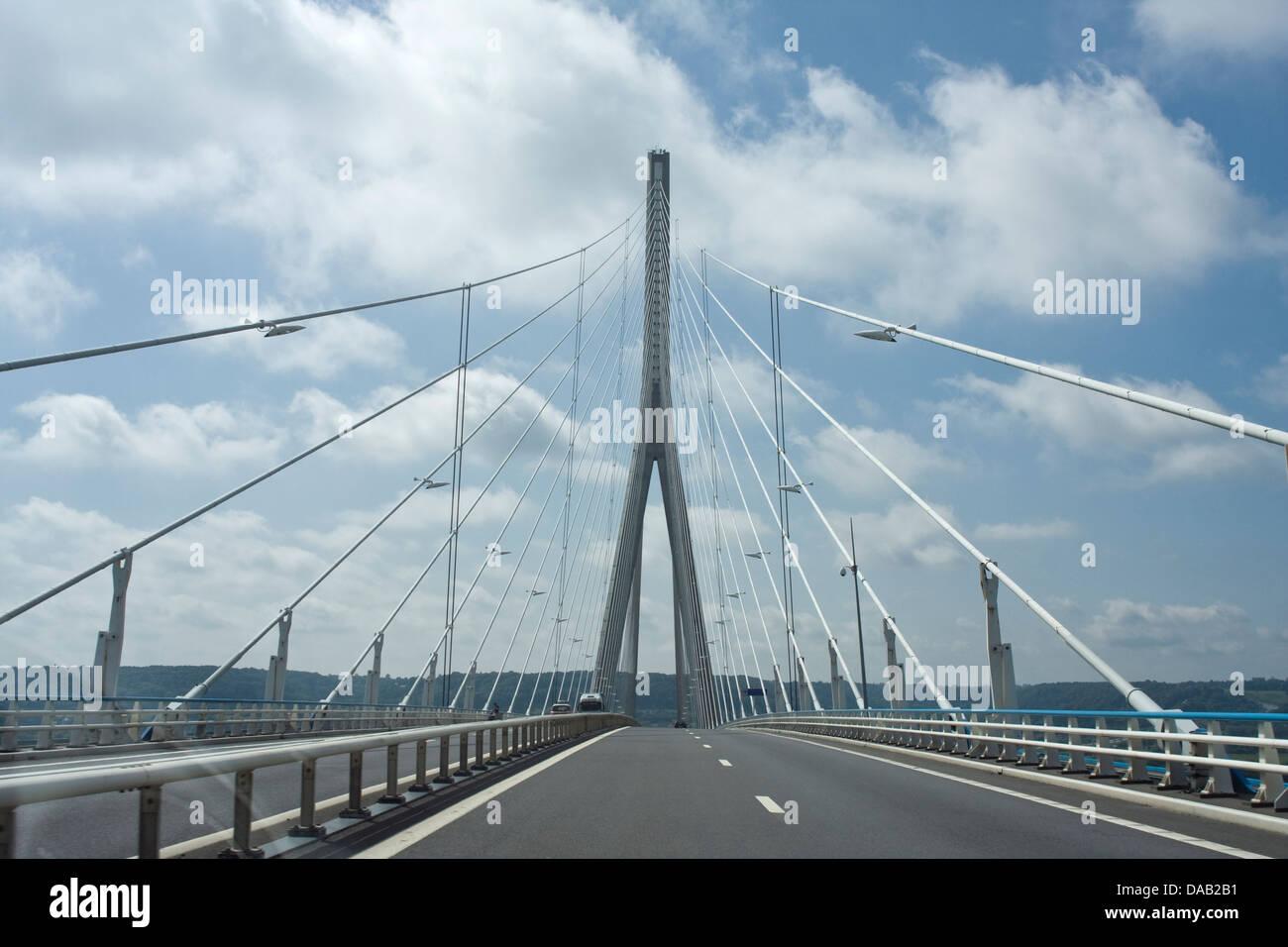 Europe, France, Haute-Normandie, Le Havre, Le pont de Normandie,bridge - Stock Image