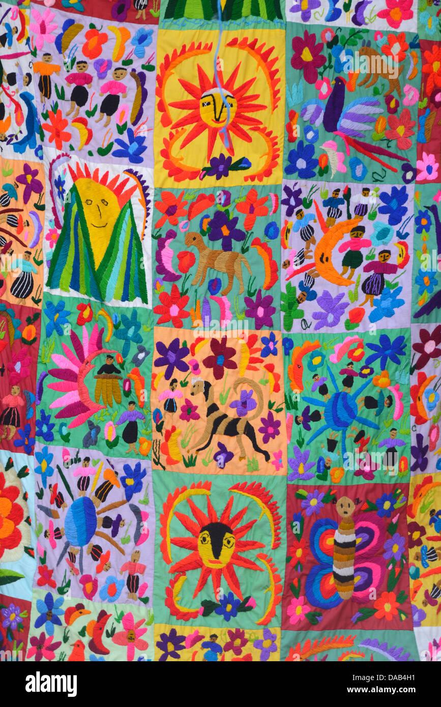 Central America, Guatemala, Santiago, market, indian, maya, fabric, textile, blanket, colours, Solola, - Stock Image