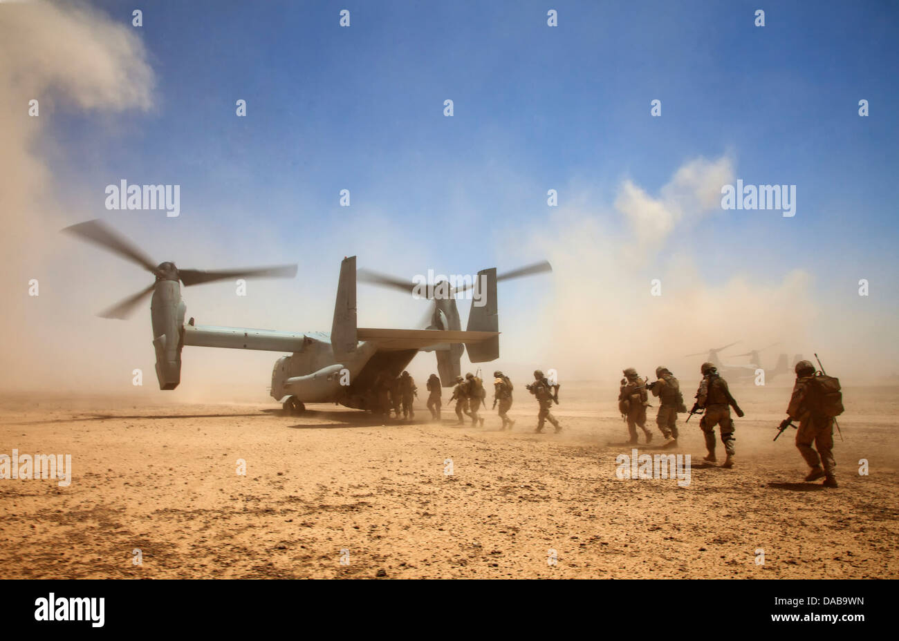 US Marines and Georgian soldiers assigned to the 33rd Light Infantry Battalion board a MV-22B Osprey tiltrotor aircraft Stock Photo