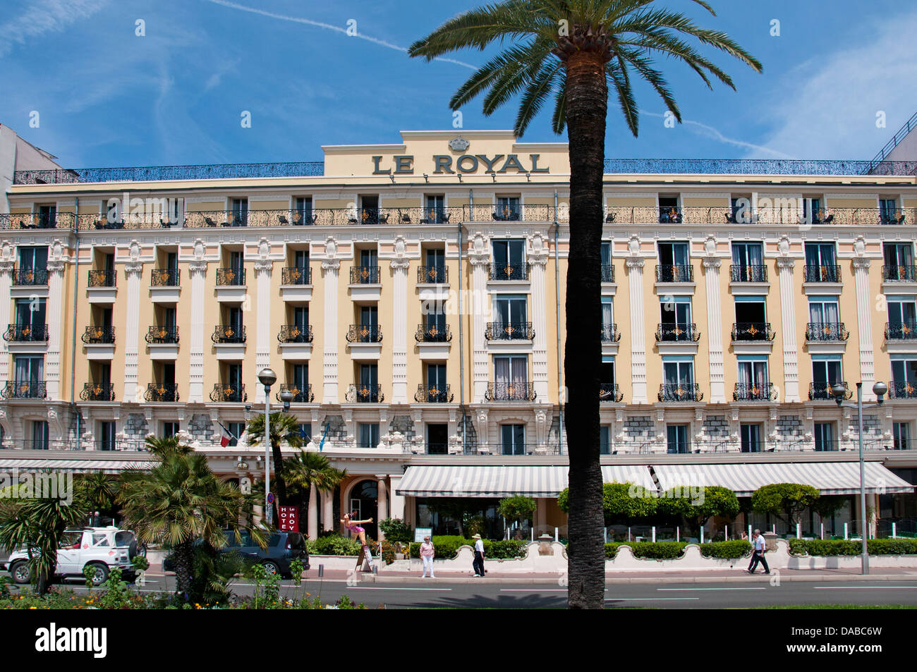 Luxury hotels hotel le royal nice beach promenade des for Hotel luxury quan 6