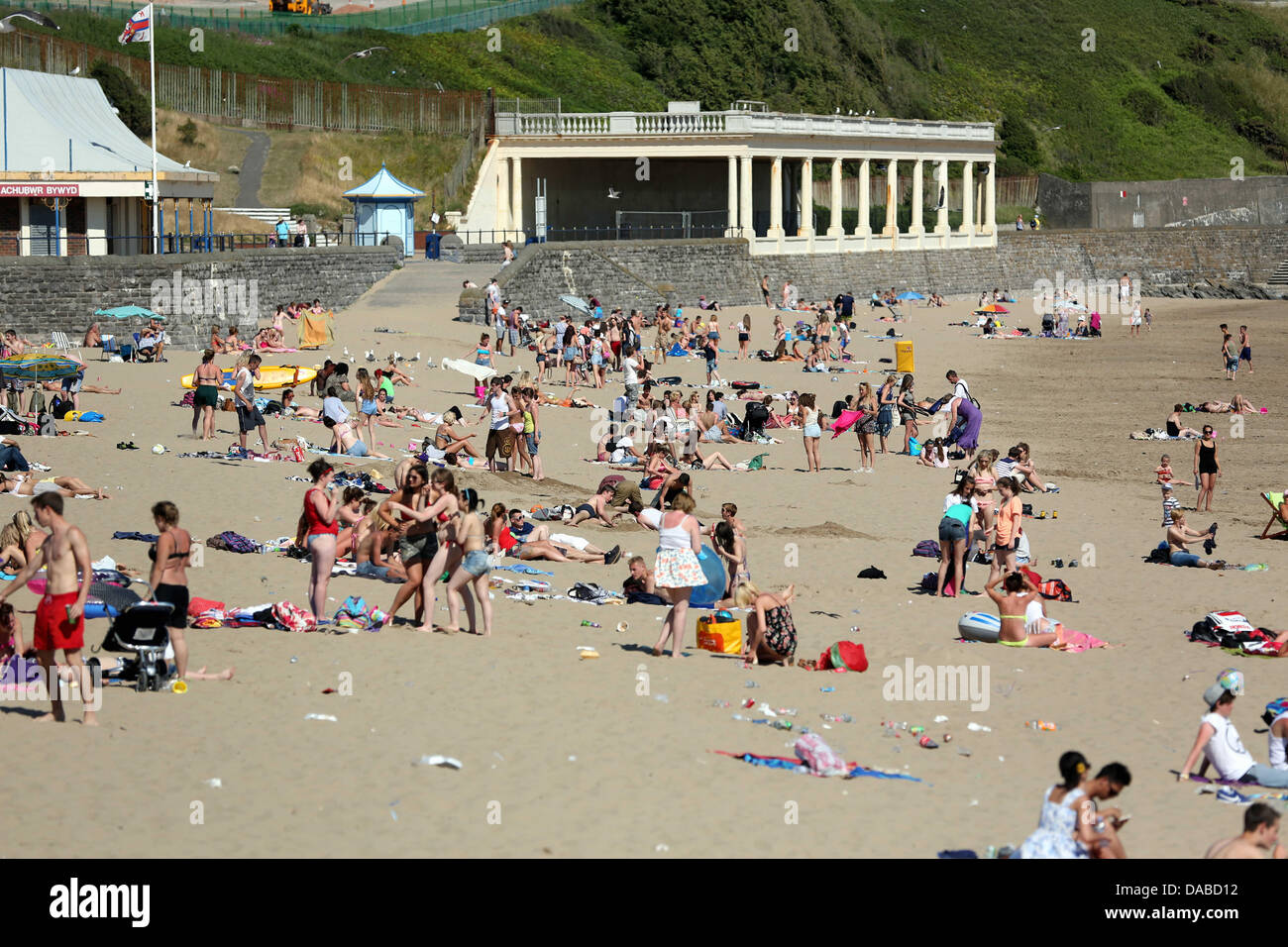 Barry Island, south Wales, UK, Tuesday 09 July 2013  Pictured: Whitmore Bay beach in Barry Island, south Wales. Stock Photo
