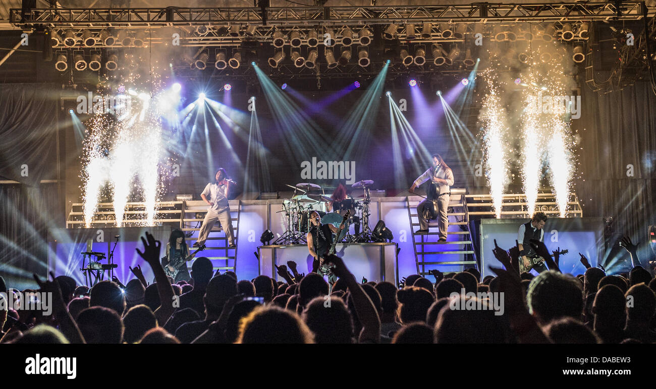 Skillet performing live - Stock Image