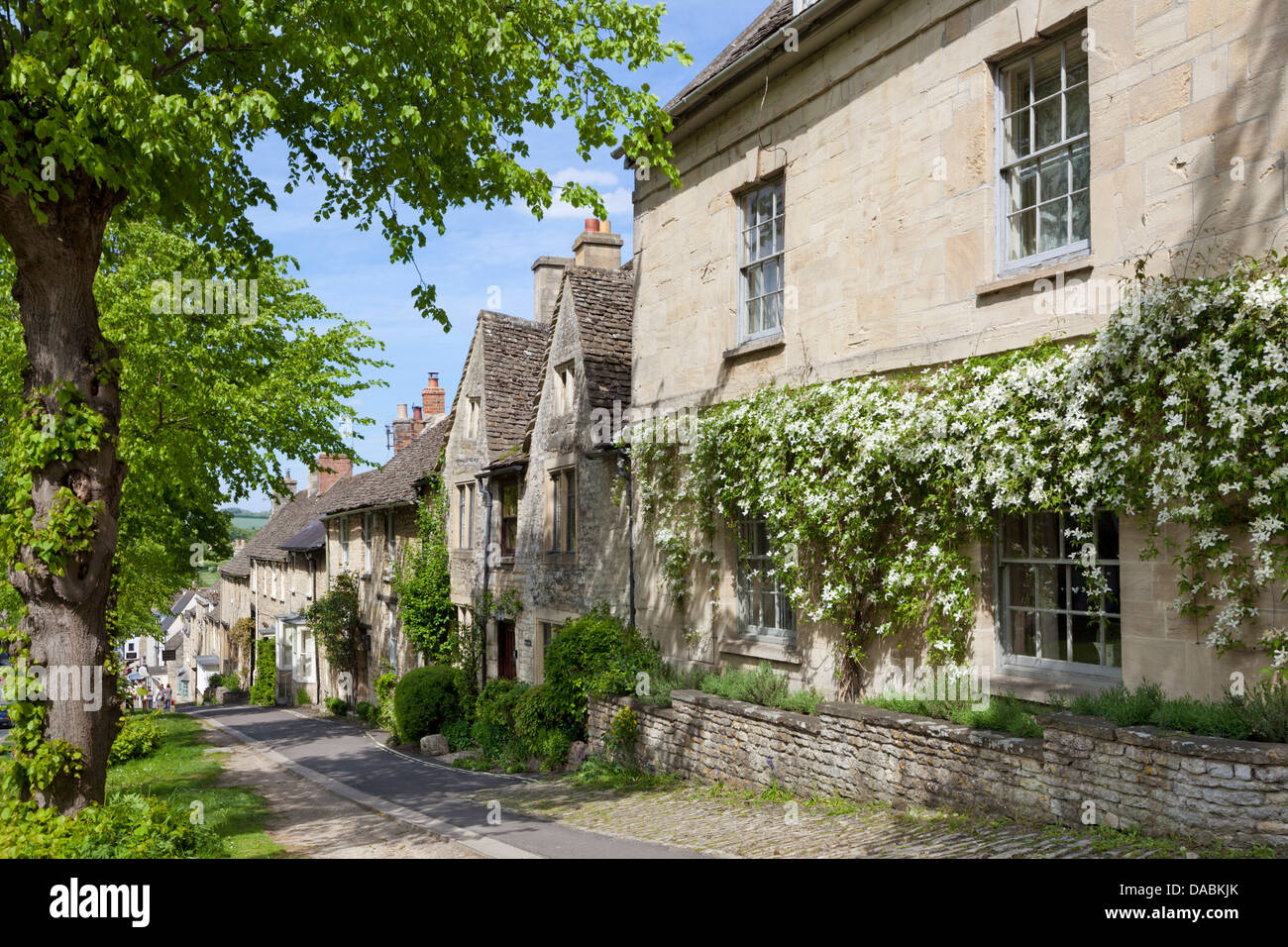 Cotswold cottages along The Hill, Burford, Oxfordshire, England, United Kingdom, Europe - Stock Image