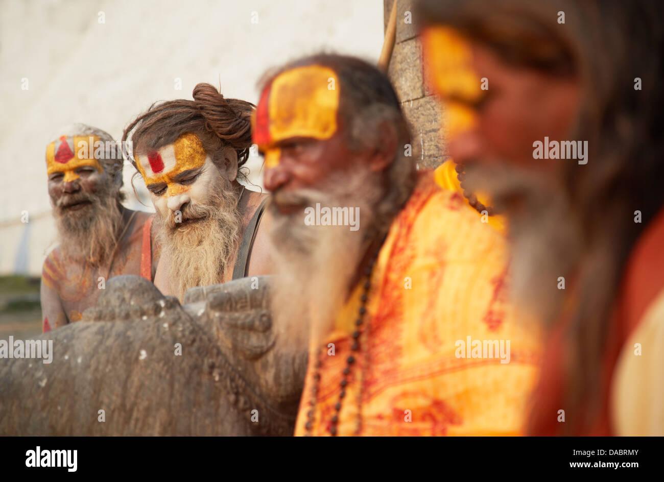 Sadhus (Holy men) at Pashupatinath Temple, Kathmandu, Nepal, Asia - Stock Image