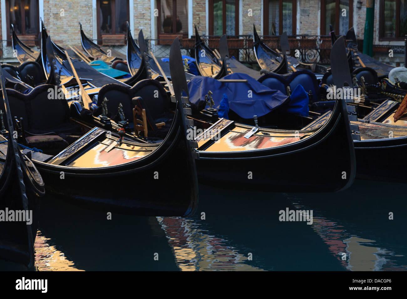 Gondolas parking, Bacino Orseolo, Servizio Gondole, Venice, Italy - Stock Image