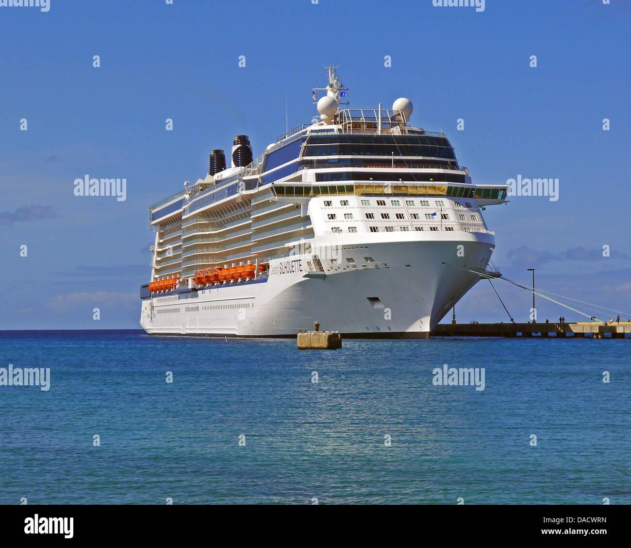 Celebrity Silhouette Tour & Review: Solstice Class ...